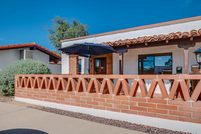 Green Valley Single Family Home Active Contingent: 480 S Paseo Lobo #A