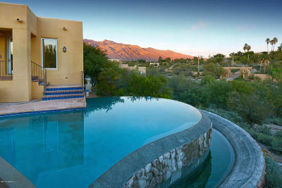 Tucson Single Family Home Active Contingent: 3350 E Via Palomita