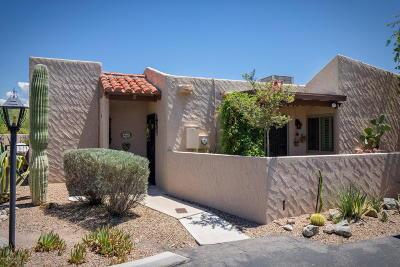Single Family Home Active Contingent: 4546 E La Choza