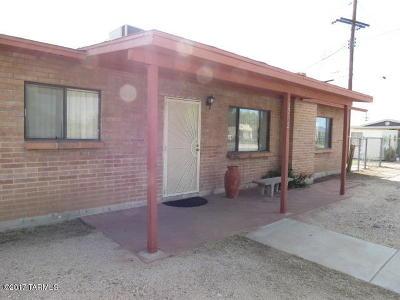 Single Family Home For Sale: 2702 W Palmyra Street
