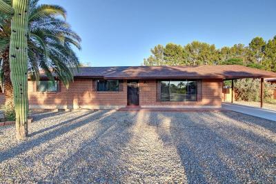 Single Family Home For Sale: 2530 N Van Buren Avenue
