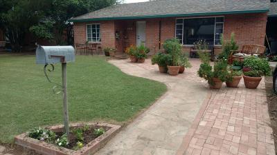 Single Family Home For Sale: 2934 E Richards Row