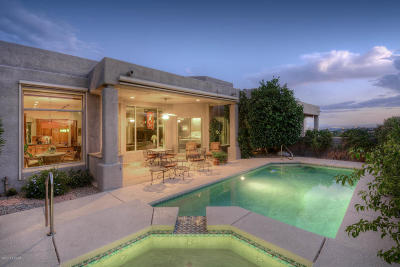 Single Family Home Active Contingent: 6365 N Ventana View Place