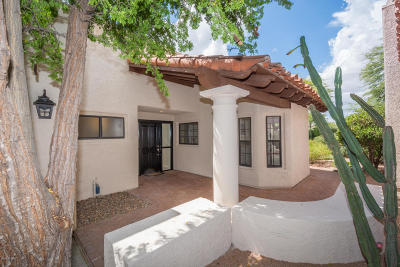 Single Family Home Active Contingent: 4085 E Quiet Moon Drive