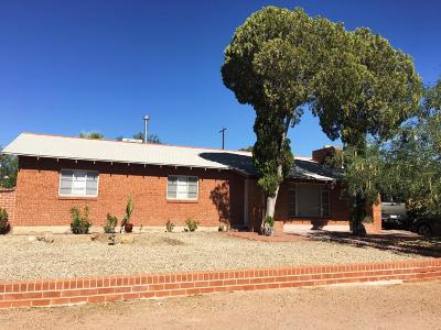 Single Family Home For Sale: 221 S Tucson Boulevard
