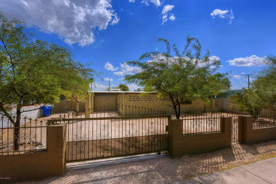 Pima County Single Family Home For Sale: 5417 S 13th Avenue