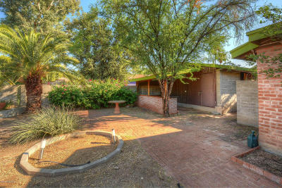 Single Family Home For Sale: 3455 E 3rd Street