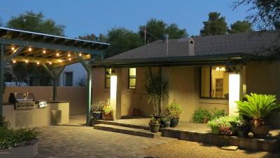 Single Family Home For Sale: 2401 E 1st Street