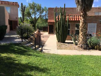 Tucson Single Family Home For Sale: 6546 E Calle La Paz #B