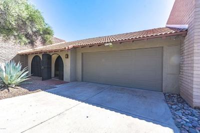 Tucson Townhouse For Sale: 5702 N Camino Laguna