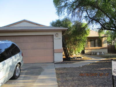 Tucson Single Family Home For Sale: 1742 W Chardonnay Drive