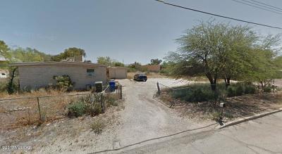 Single Family Home For Sale: 2636 N Estrella Avenue