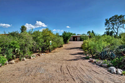 Tucson Single Family Home For Sale: 10110 E Discovery Drive