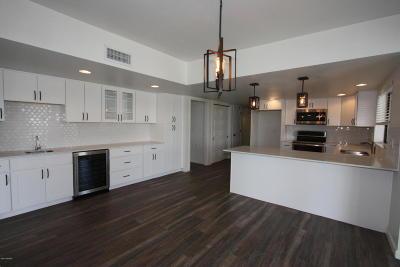 Single Family Home For Sale: 5862 N Camino Del Conde