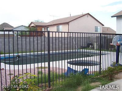 Tucson Single Family Home Active Contingent: 3271 W Los Reales