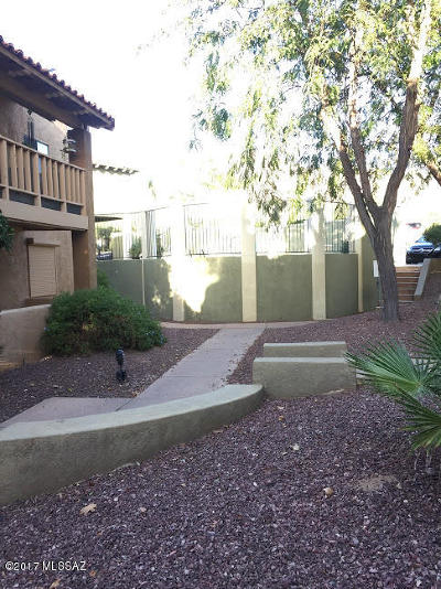 Pima County Condo For Sale: 8255 N Oracle Road #104