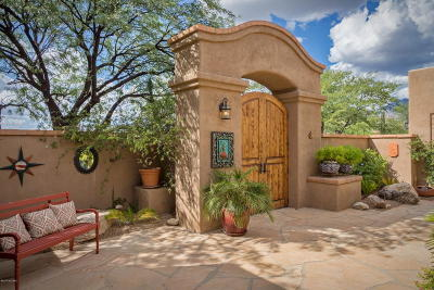 Single Family Home For Sale: 6037 E Country Club Vista Drive