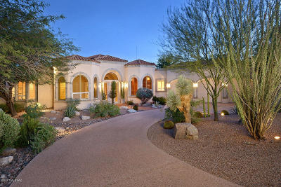 Single Family Home Active Contingent: 6010 N Desert Moon Court