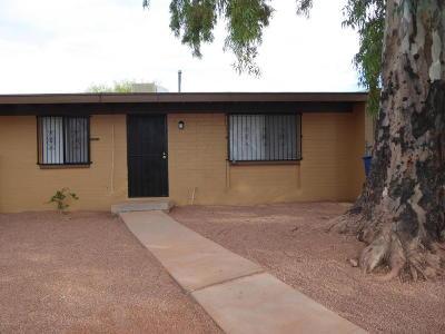 Pima County Townhouse For Sale: 3353 S Lloyd Vista