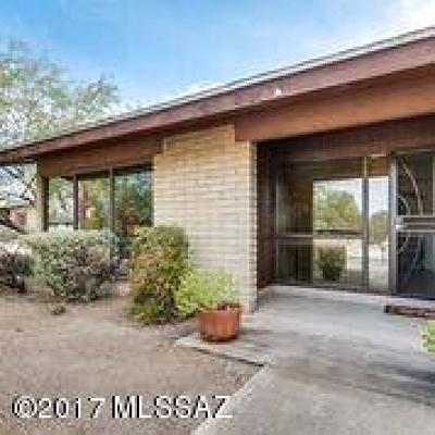 Single Family Home Active Contingent: 3330 N Manor Drive