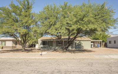 Single Family Home For Sale: 2557 E Hedrick Drive