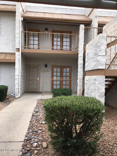 Pima County, Pinal County Condo For Sale: 7777 E Golf Links Road #7207
