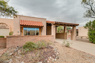 Green Valley Townhouse For Sale: 3120 S Calle Madrid