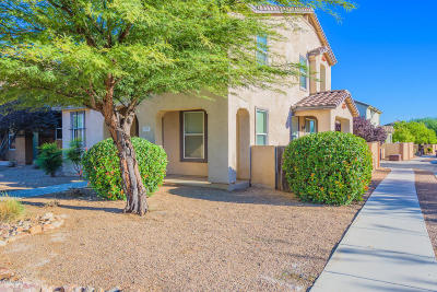 Single Family Home For Sale: 158 W Paseo Celestial