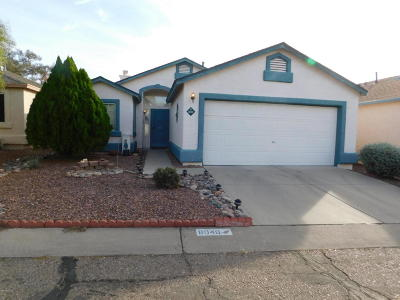 Pima County Single Family Home Active Contingent: 8040 N Tackroom Lane