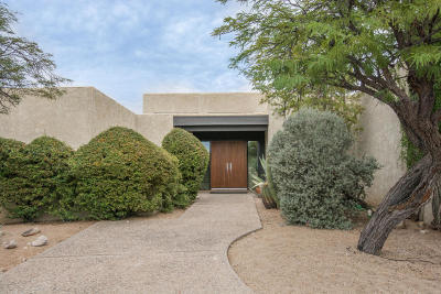Tucson Single Family Home Active Contingent: 5930 N Placita Tecolote