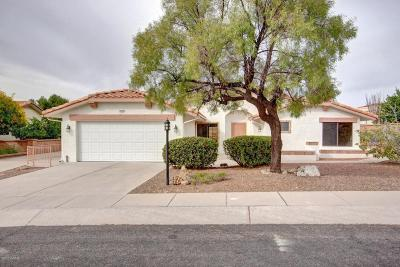 Pima County Single Family Home Active Contingent: 1637 E Chisholm Lane