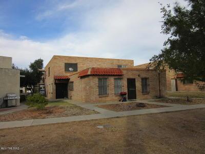Townhouse Active Contingent: 6665 E Calle La Paz #D