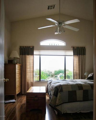 Tucson AZ Single Family Home For Sale: $239,000