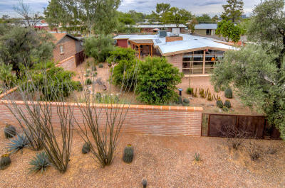 Pima County Single Family Home Active Contingent: 5434 E Holmes Street
