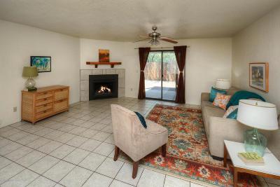 Pima County Single Family Home For Sale: 925 E Desert Parkway
