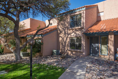 Tucson Townhouse For Sale: 7774 E Via Ventana Norte