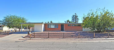 Pima County Single Family Home Active Contingent: 7238 E Pierce Place