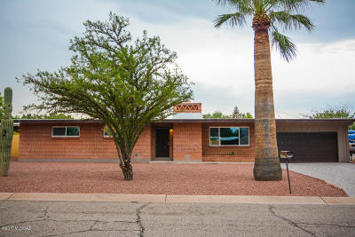 Pima County Single Family Home For Sale: 3555 N Christmas Place