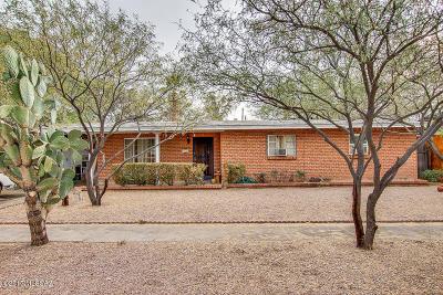 Tucson Single Family Home For Sale: 5722 E Scarlett Street