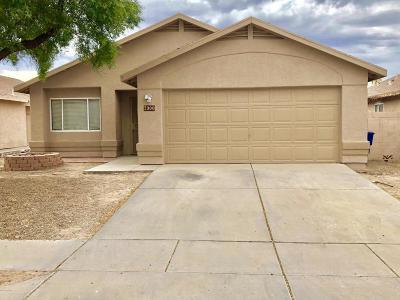 Single Family Home For Sale: 7900 S Lennox Lane