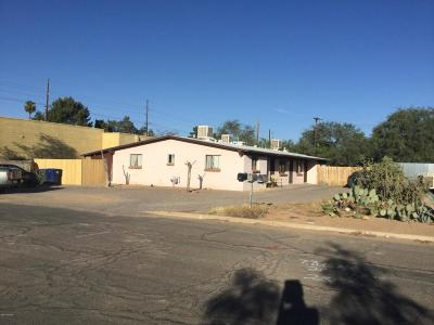 Residential Income For Sale: 2330 N Catalina Avenue