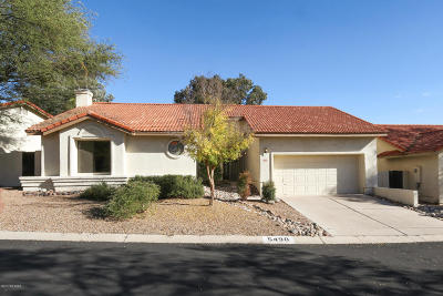Single Family Home Active Contingent: 5490 N Via Umbrosa