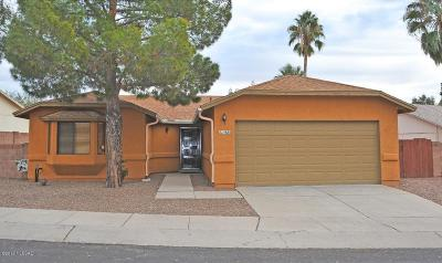 Oro Valley Single Family Home For Sale: 1425 W Canyon Shadows Lane