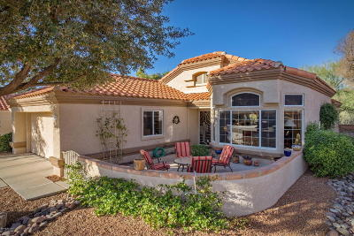 Pima County Single Family Home Active Contingent: 14375 N Caryota Way