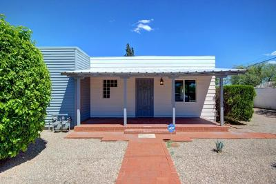 Single Family Home Active Contingent: 2420 N Orchard Avenue