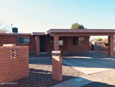 Single Family Home For Sale: 7051 S 7th Avenue