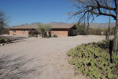 Pima County, Pinal County Single Family Home Active Contingent: 9100 E Indian Hills Road