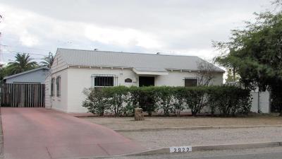 Single Family Home For Sale: 2922 E Lester Street
