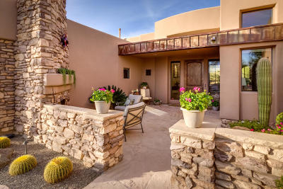 Marana Single Family Home Active Contingent: 5664 W Silent Wash Place