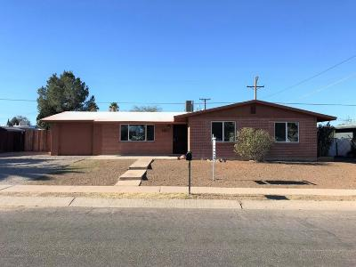 Tucson Single Family Home For Sale: 6776 E Lurlene Drive